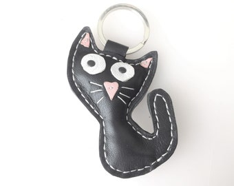 Leather Cat Key Chain, Black Cat, Housewarming Gift, Bag Accessory, Key Fab