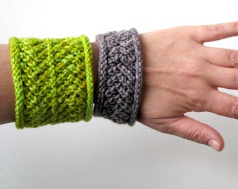 Zaggy Cowl and Cuff  PDF Knitting Pattern Download