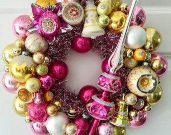 "Vintage Ornament Wreath 15"""