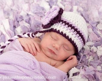 Bonnet en Crochet pour nouveau-né, bébé fille, bonnet pour nouveau-né, chapeau bébé fille, chapeau de bébé au Crochet, Ear Flap Hat, nouveau-né Prop, blanc violet, chapeau nouveau-né bébé