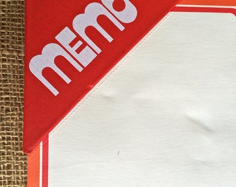 Super fun vintage memo pad, 1970's Cool retro desk accessories, vintage office, memo pad, mod stationary, paper supplies, Grocery list