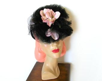 Vintage 1940's Black Floral Tilt Hat w/Chignon Ring~ Gage