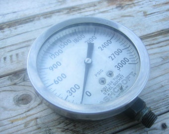 Ashcroft 3000 PSI pressure gauge