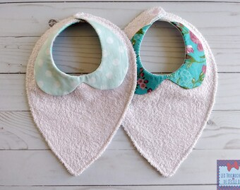 Duo of Peter Pan collar bibs / Bibs Duo. bibs for baby; baby bibs. girl babyshower gift. babygirl gift. floral; PolkaDots; flowerish
