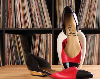 vintage 1980s colorblock flats . black red & gold shoes with pointed toes by Joyce . APPROX womens size 7.5 8