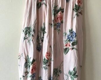 Lee winter// light pink floral skirt