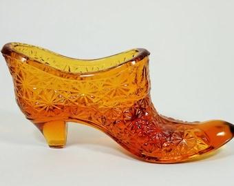 Fenton Large Amber Glass Daisy Button Pattern Shoe, 1950's – 60's Vintage