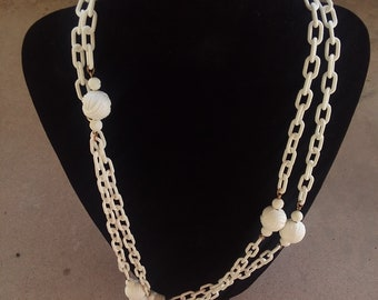 """60"""" Long plastic chain link and ball necklace white"""