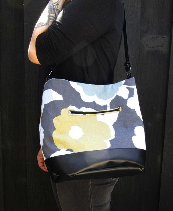 Poppy bucket hobo shoulder bag purse