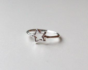 Star Ring, Simple silver Tiny Star jewellery, Small Stackable Ring