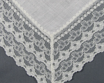 Linen & Lace in White for a WEDDING Vintage Hankie Handkerchief
