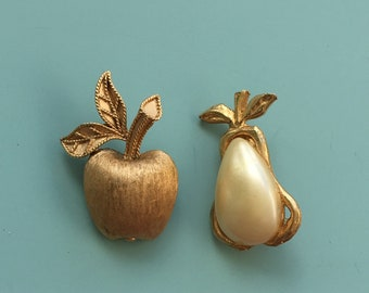 Vintage 2pc apple  & pear pins/brooches .