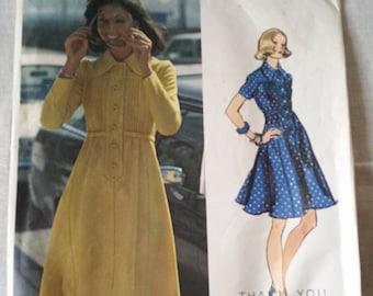 Vintage Vogue Dress Pattern 2820 size 14