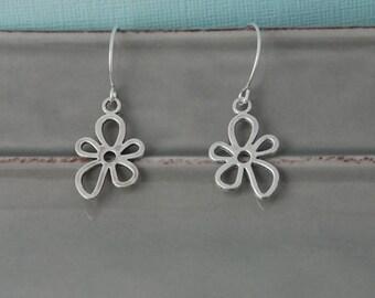Organic flower earrings, silver flower earrings