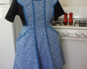 Forties Retro Apron in Blue Calico