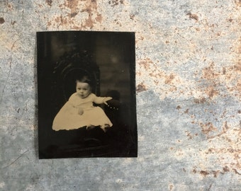 Antique Vintage Tin Type Photo Little Bare Foot Girl