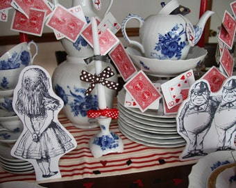 Alice and Wonderland Props - Party Decorations