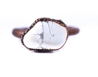 Raw howlite ring | Natural howlite jewelry | Rough howlite stone ring | Raw howlite crystal ring | Howlite Ring