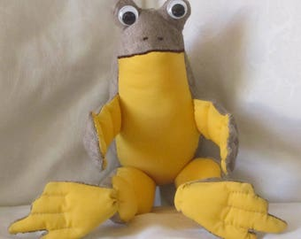 Stuffed Brown Toy Frog Ornament Brown Yellow Frog Ornamental Frog Toy Kids Room Frog Decor Unbreakable Frog Toy Nursery Decoration Fun Gift