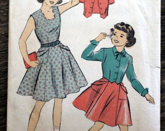 """Vintage 1940s Advance #5381 sewing pattern - Girl's size 8 - Breast 26"""" - jumper and jacket COMPLETE PATTERN - not printed - 2 Available"""