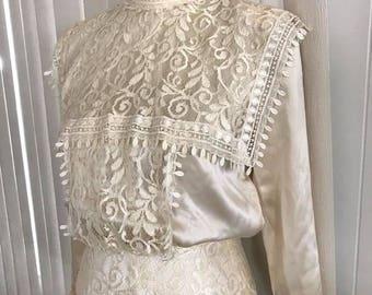 Gorgeous Vintage Victorian Renaissance Lace and Silk Blouse by Jessica McClintock -- Size M