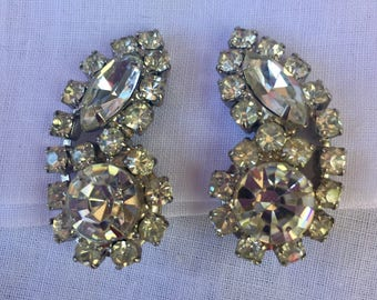 Heirloom Rhinestone Clip on Earrings  / Bridal Jewelry  / Mid Century Estate Jewelry / Prom Jewelry / Vintage Accessory /