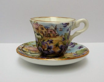 Miniature bone china cup with saucer - Paul Ann, Engeland
