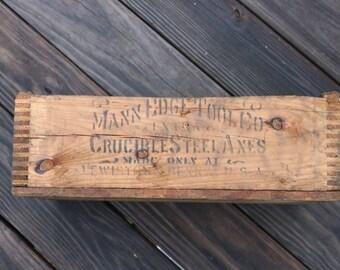 Vintage Mann Edge Tool Company Knot Clipper Double Bit wooden axe box Crucible Steel axes