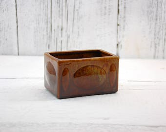 Haeger pottery box planter