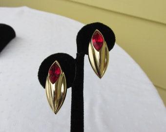 Beautiful Ruby Red Navette Rhinestone Pierced Earrings