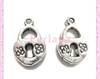 Set of 15 REF156X3 silver padlock charms