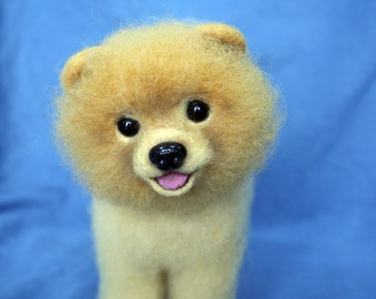 Pomeranian Dog. Needle Felted Dog.Needle Felted Animal. Wool Felt Pomeranian Dog.Felted Animal.Made to Order.