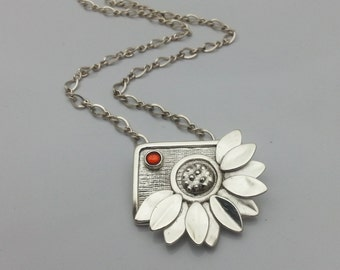 Silver Flower Necklace, Silver Daisy Flower, Silver Daisy Necklace, Handmade Silver Necklace, Silver Statement Necklace, Big