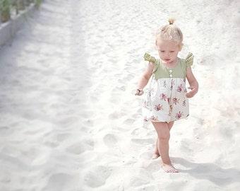 little girl romper, vintage inspired, flower playsuit, floral romper, summer playsuit,bubble romper, baby shower gift, baby girl clothes
