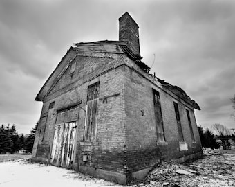 Falling Down - Black and White - Located in Columbiana, OH