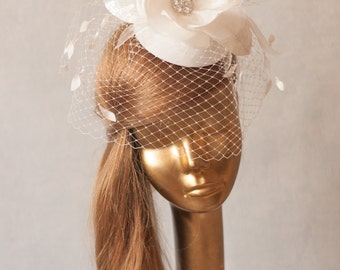 Bridal Ivory FASCINATOR with Birdcage Veil and Flower. Wedding Mini Hat with Veil