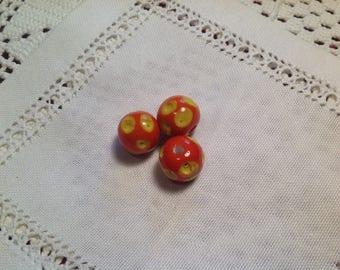 Set of three round glass beads, retro