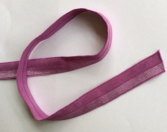 Bias binding elastic Berry with glitter