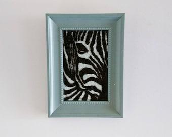 Zebra in glass-animals-decoration-zebra-glass decoration-wall decoration-Glass deco