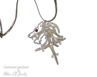 Lionheart pendant wire wrapped replica, Final Fantasy jewelry, costume jewelry, Squall Lionheart, lion pendant, fantasy lover gift