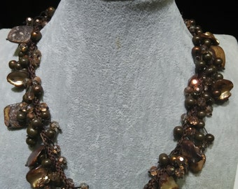 Mixed brown pearl shell and crystal beads necklace