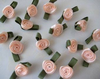 30 pcs Small Peach Appliques Satin Ribbon Rose Flower with Green leaves Appliqués  for Crafting, Sewing, Doll Clothes - 3/4 inch / 20 mm