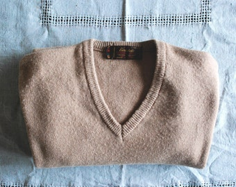 1970s Birkdale by Eaton's Beige Sweater/ 70s V Neck Sweater/ Size S