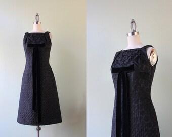 SALE - 1960s Cocktail Party Dress / Vintage 60s Black Party Dress / Velvet Bow Brocade Dress