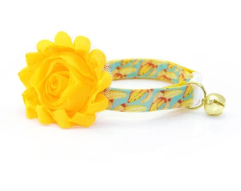 "Cat Collar + Flower Set - ""Banana Appeal"" - Yellow Banana Cat Collar w/ ""Buttercup"" Flower (Detachable) / Summer / Cat, Kitten & Small Dog"