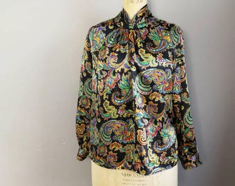 Paisley silky top / 90s evening top / black paisley print tunic top / buttons at the back / silky long sleeve top / 90s mom