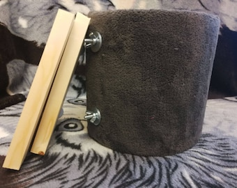 Package 1 - Fluffy tube + Wood shelves for chinchilla cage