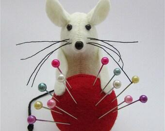 Mouse Pincushion, Pin Cushion, Felt Mouse Felt Mice Mouse Ornament