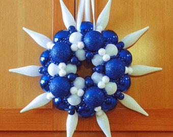 """Wreath in blue and white ball ornaments plus white finials with bead garlands and glitter 18"""" XW0013-6"""