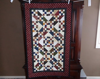 Country Quilt, Scrappy Table Runner, Jacob's Ladder Runner 1229-01